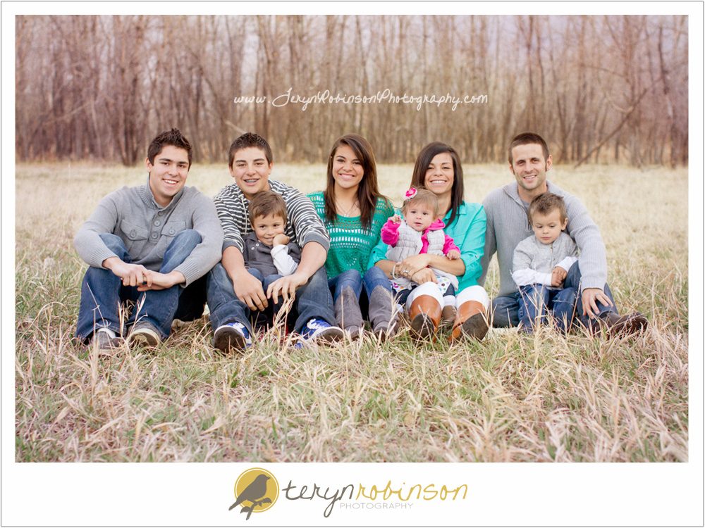 family Thornton, CO Family Portrait Session   Family of Eight