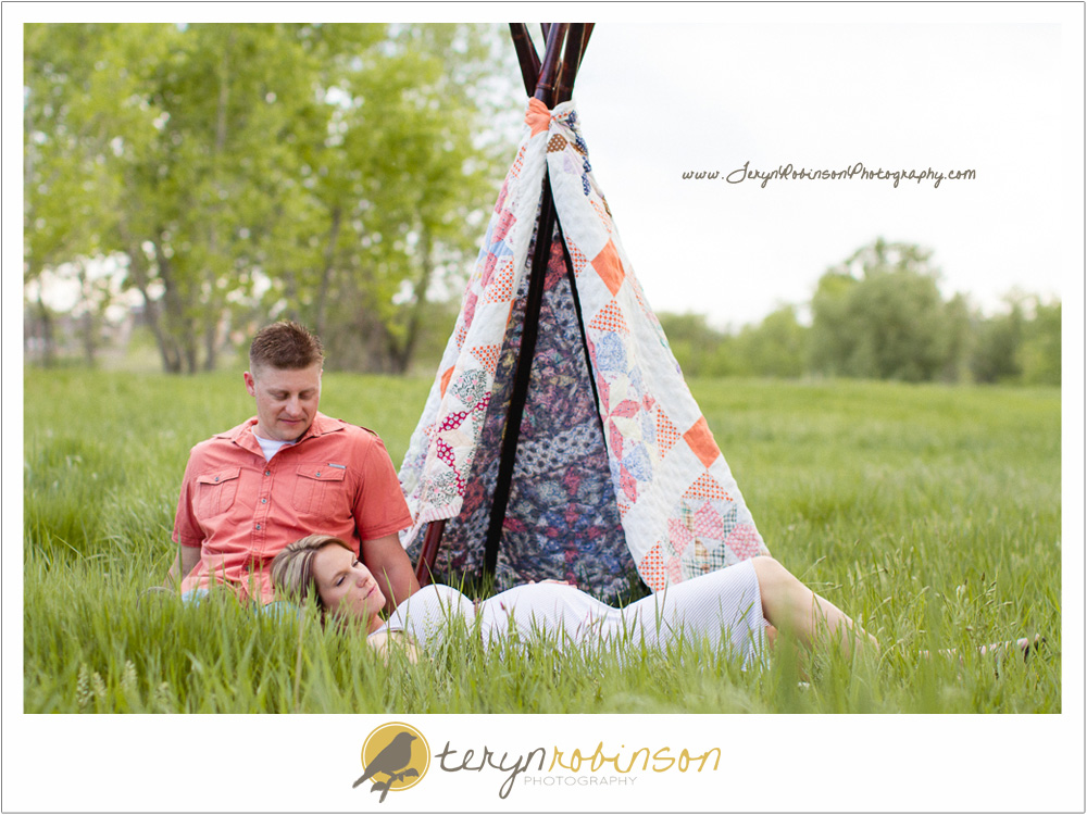 tent Thornton Colorado Maternity Photography   The Hultmans